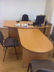 Продаем офисную мебель б/у,  в отличном состоянии.
