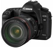 Canon Eos 5D Mark II Digital SLR Camera  EF 24-105mm
