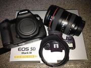 Canon EOS 5D Mark III Цифровая зеркальная камера с EF 24-105mm F / 4 L