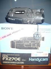 Видеокамера Sony CCD-fx270e