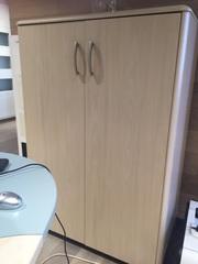 Книжный шкаф для офиса и учебных заведений б/у.