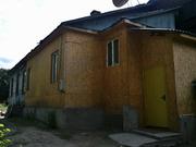 Продам часть дома ул Суюнбая Руставели ,  3 соток,  2 ком,  панельный