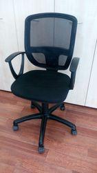 офисные стулья 15 сштук