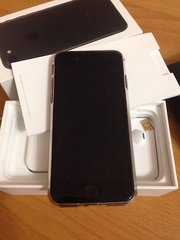 Apple iPhone 7,  32 gb,  Jet Black