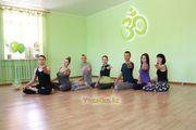 Хатха йога в йога студии