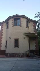 Дом 4-х ком. 3- уровня,  в Наурызбайском районе мкр.Акжар
