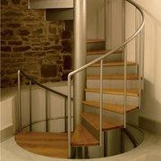 Изготовление лестниц из металла любой сложности. Бесплатный выезд!