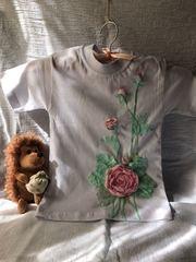 Продам. Детская футболка с декором ручной работы.