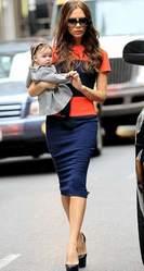 Платье плотное ниже колена,  оранжево-синее