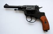 револьвер Наган 1936 года