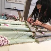 Услуги пошива одежды,  спецовок,  постельного белья и др